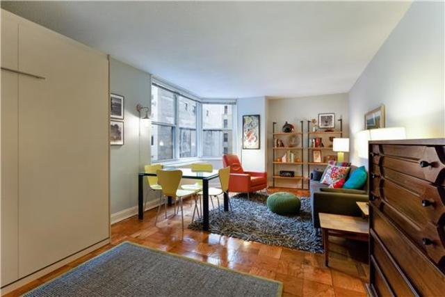 245 East 54th Street, Unit 4T Image #1
