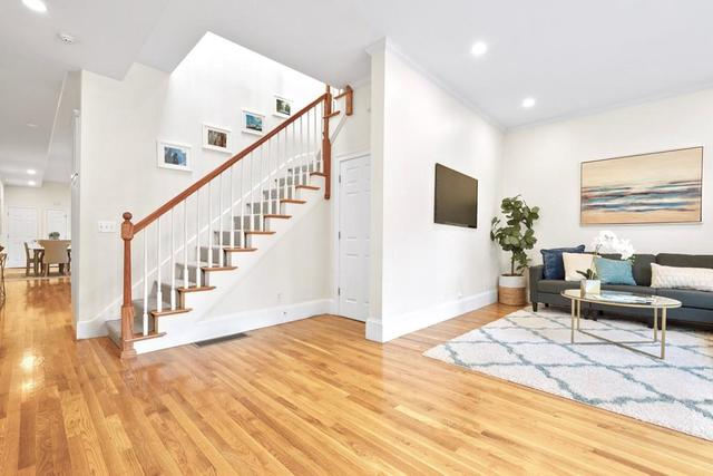 3 Albion Place, Unit 3 Charlestown, MA 02129