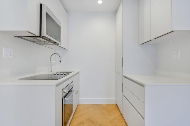413 14th Street, Unit 2R Brooklyn, NY 11215