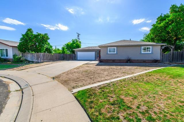 423 Oakwood Court Manteca, CA 95336