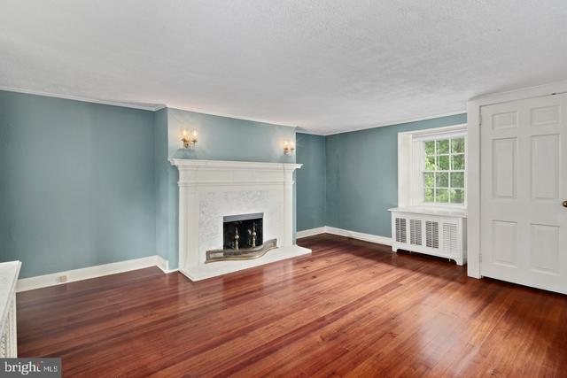 14 Garden Path Doylestown, PA 18901