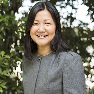 Tracy Do,                     Agent in Los Angeles - Compass