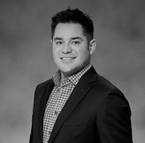 Ryan Lee,                     Agent in Chicago - Compass