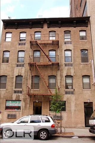 357 West 39th Street, Unit 2 Image #1