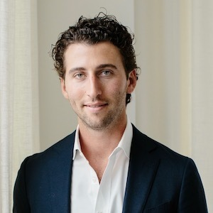 Ian Lefkowitz,                       Agent in NYC - Compass