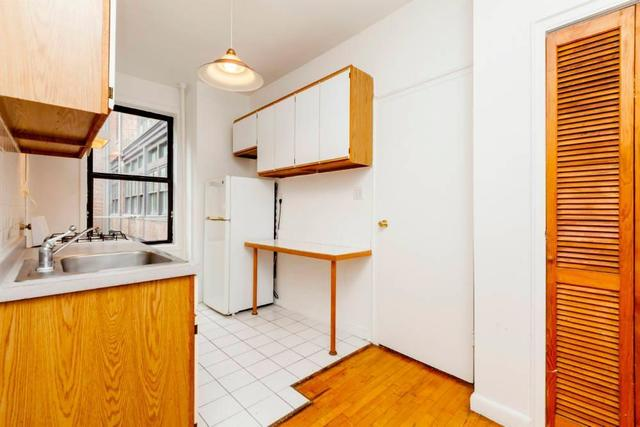217 Thompson Street, Unit 5 Image #1