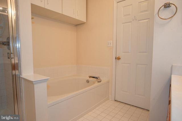 6503 Grange Lane, Unit 202 Alexandria, VA 22315