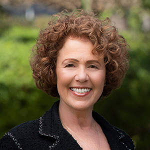 Gail Pearl,                       Agent in Santa Barbara, Montecito, & Central Coast - Compass