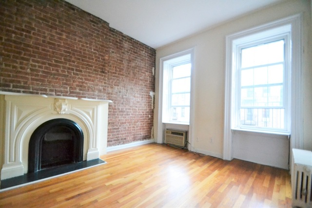 329 East 52nd Street, Unit 4A Image #1