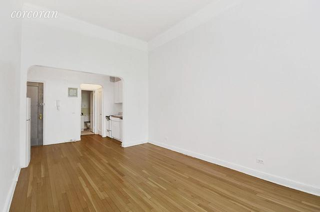 104 East 37th Street, Unit 3A Image #1