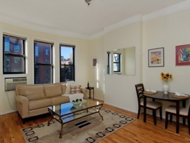 360 West 21st Street, Unit 3C Image #1