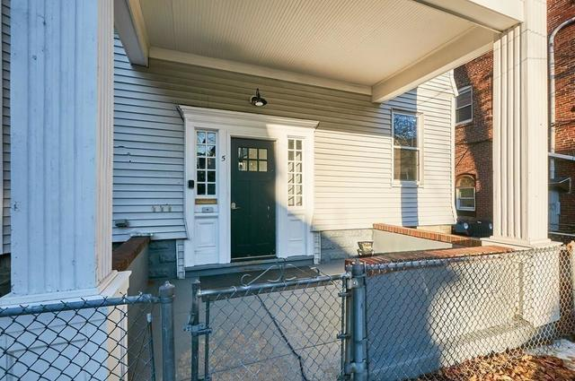 5 Albion Street, Unit 1 Somerville, MA 02143