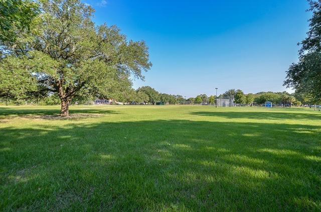8922 Ferris Drive Houston, TX 77096