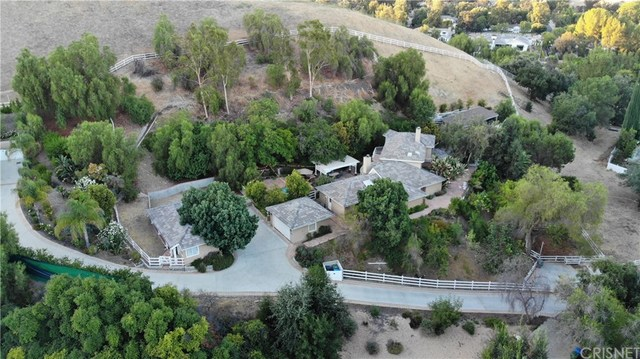 23747 Oakfield Road Calabasas, CA 91302