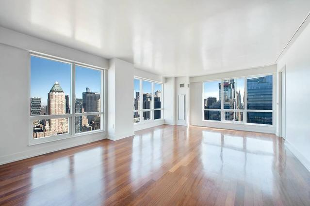 350 West 42nd Street, Unit 48D Image #1