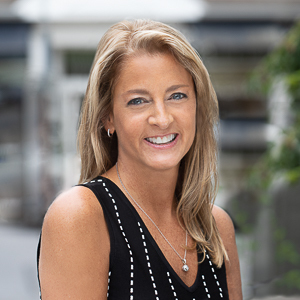 Melanie Rothman,                     Agent in Westchester, NY - Compass
