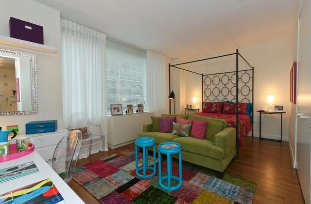 330 West 39th Street, Unit 10L Image #1