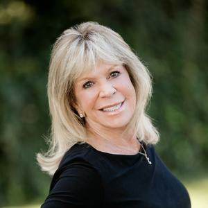 Joni Migdal, Agent in Los Angeles - Compass