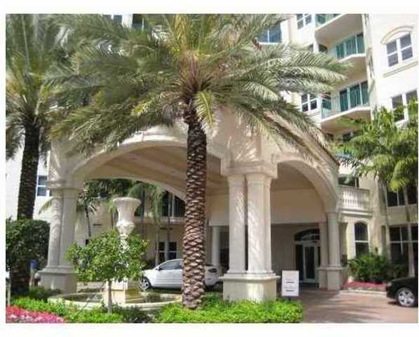 19900 East Country Club Drive, Unit 1105 Image #1
