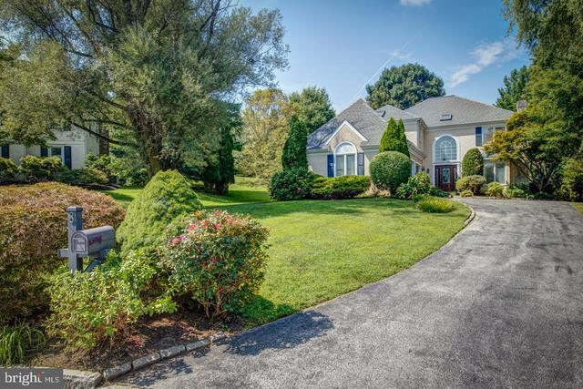 8 Stone Creek Lane Bryn Mawr, PA 19010