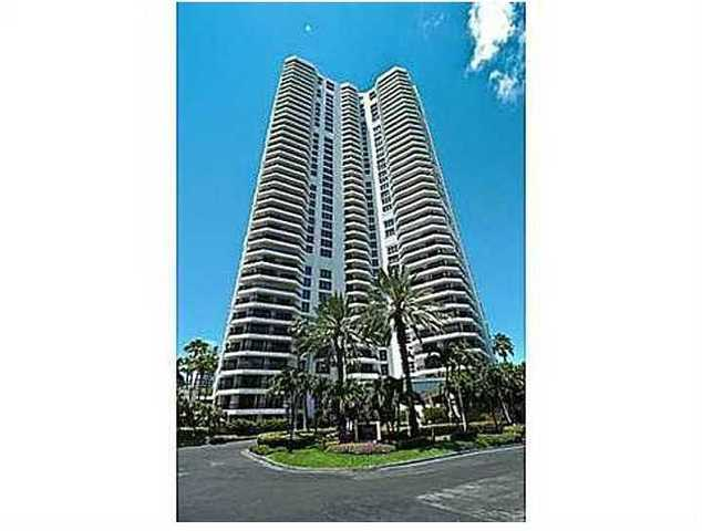 3500 Mystic Pointe Drive, Unit 1003 Image #1
