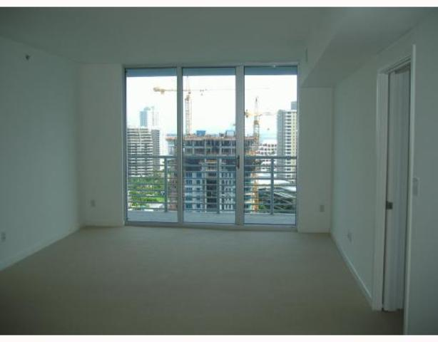 325 South Biscayne Boulevard, Unit 2121 Image #1