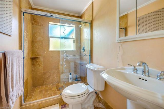 1021 Rordon Avenue Naples, FL 34103