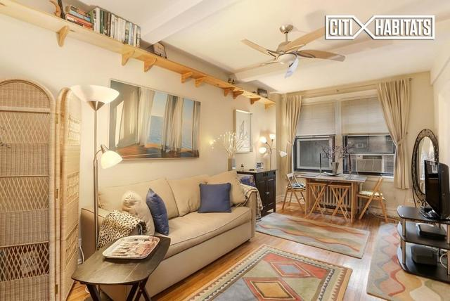 457 West 57th Street, Unit 511 Image #1