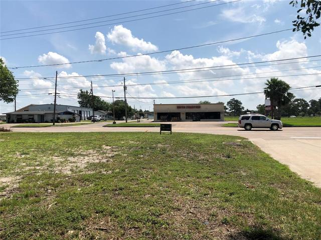 4401 North Main Street Baytown, TX 77521