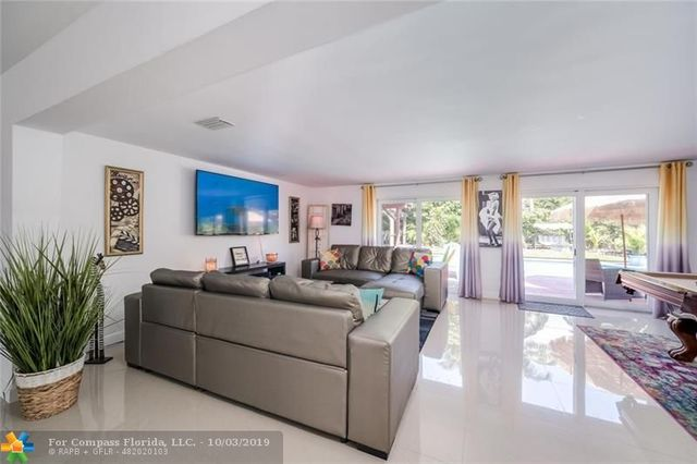 2251 Northeast 62nd Street Fort Lauderdale, FL 33308
