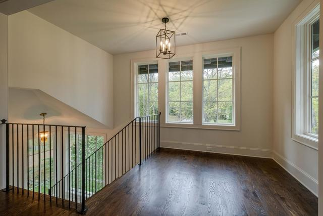 4232 Wallace Lane Nashville, TN 37215