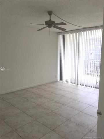 1901 Brickell Avenue, Unit B1203 Miami, FL 33129