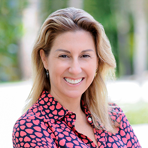 Fernanda Ruiz,                       Agent in Miami - Compass