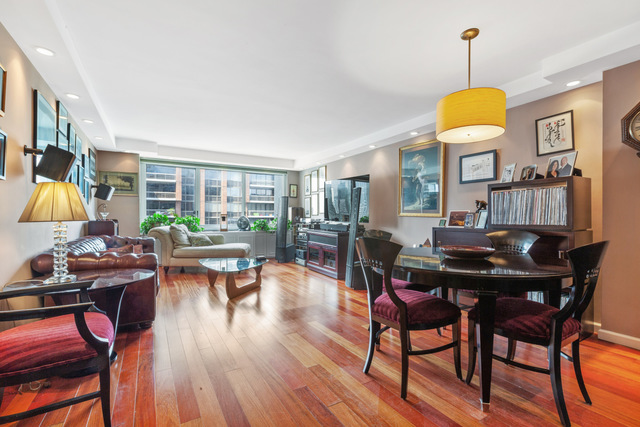 300 East 59th Street, Unit 2803 Manhattan, NY 10022