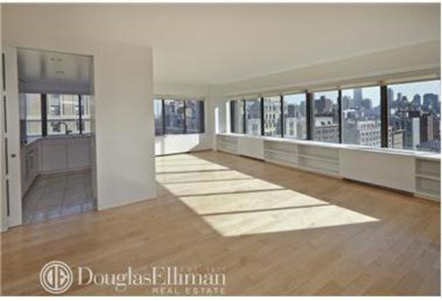 900 Park Avenue, Unit 19CD Image #1
