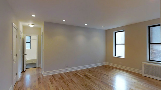 109-20 Queens Boulevard, Unit 3H Image #1