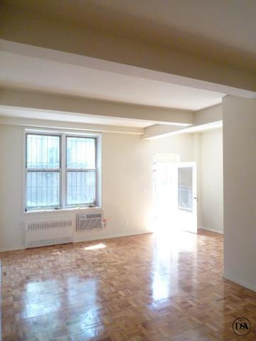 310 West 47th Street, Unit 1K Image #1
