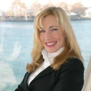 Danielle Devarne, Agent in Greater Boston - Compass