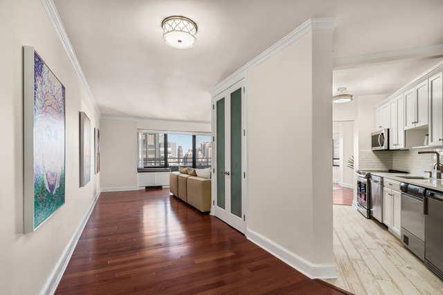 240 East 47th Street, Unit 29C Manhattan, NY 10017