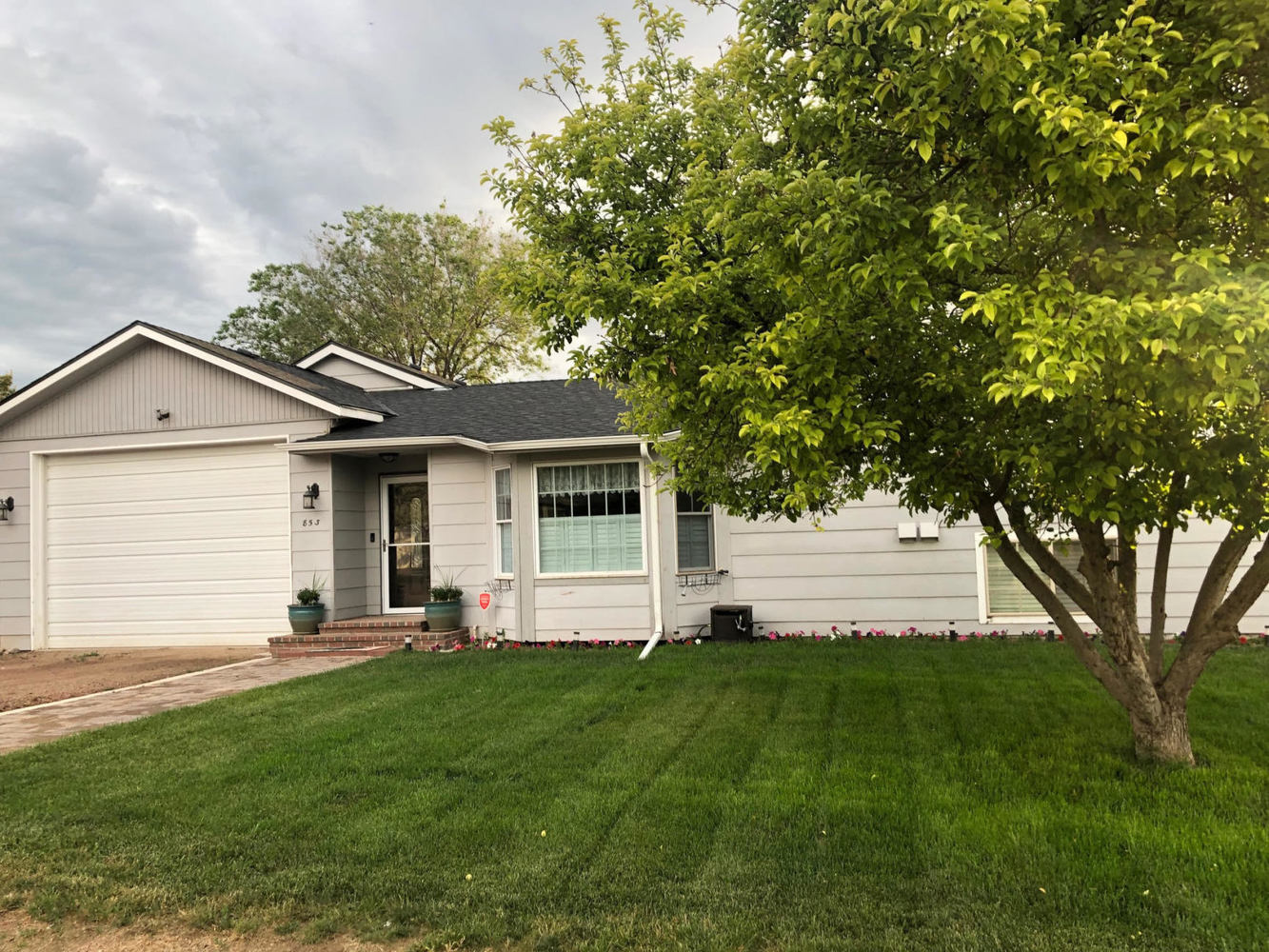853 South Chestnut Street Elizabeth, CO 80107