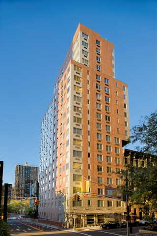 308 East 38th Street, Unit 7D Image #1