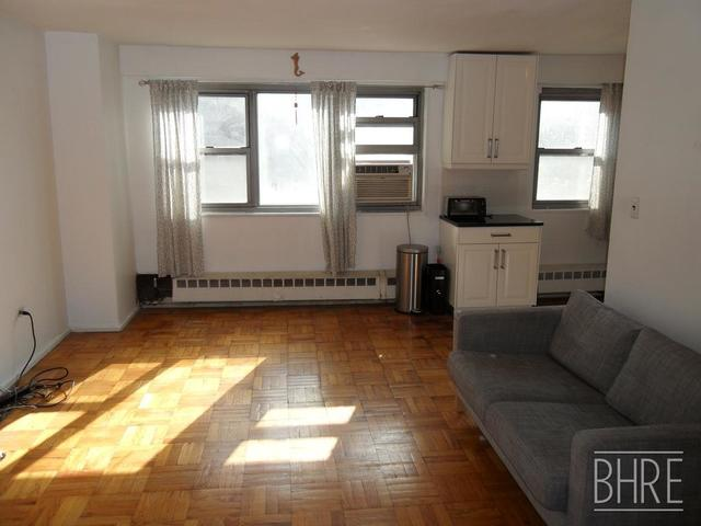 215 Adams Street, Unit 4D Image #1