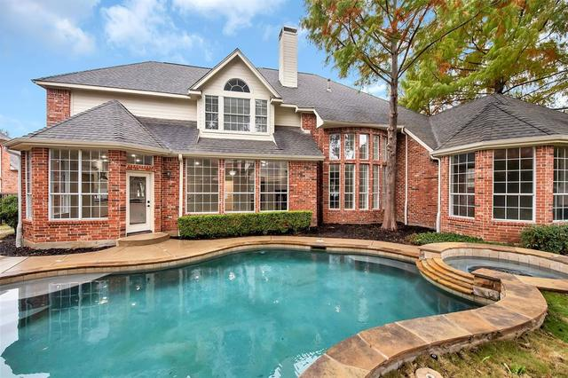 220 Highland Oaks Circle Southlake, TX 76092
