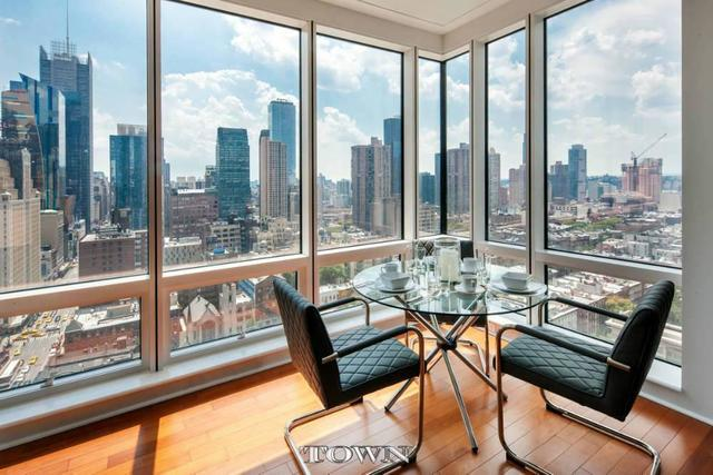 306 West 48th Street, Unit 18B Image #1