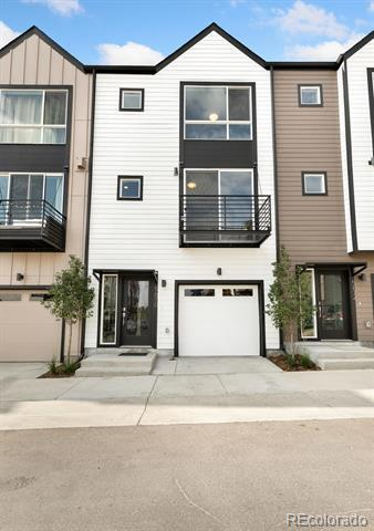 5662 West 10th Place Lakewood, CO 80214