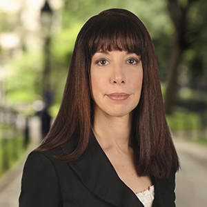 Linda Sierra, Agent in NYC - Compass