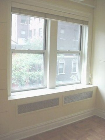 155 East 93rd Street, Unit 4E Image #1