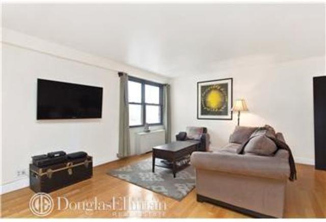 201 East 28th Street, Unit 19G Image #1