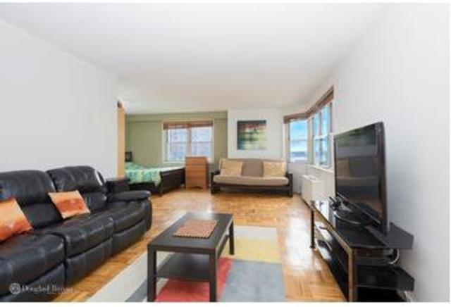 300 East 40th Street, Unit 6D Image #1