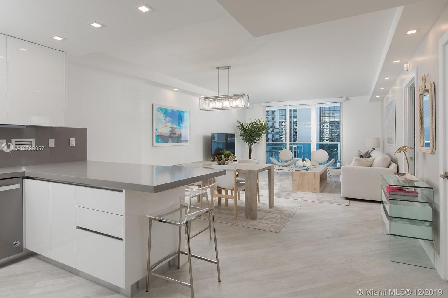 2301 Collins Avenue, Unit 1101 Miami Beach, FL 33139